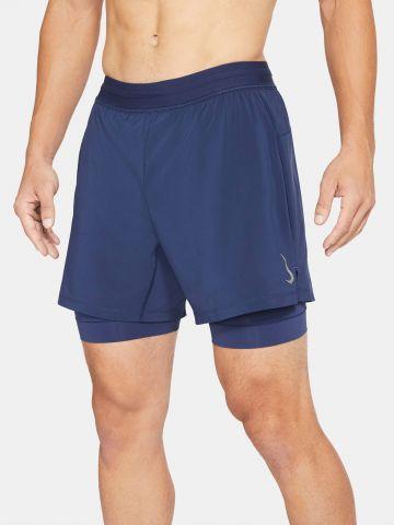 מכנסי יוגה קצרים עם טייץ פנימי Dri-FIT של NIKE