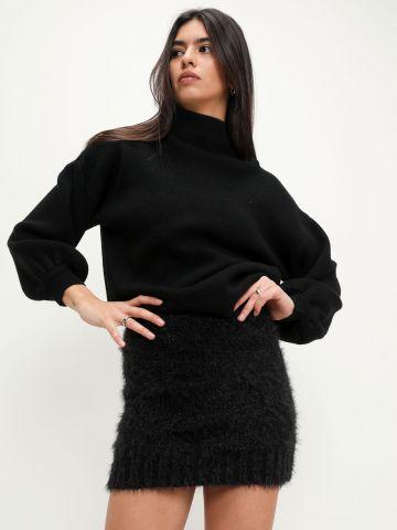 חצאית פלפית עם אפקט מנצנץ של GLAMOROUS