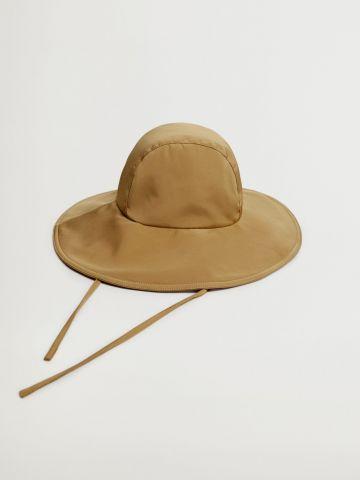 כובע באקט רחב שוליים / נשים של MANGO