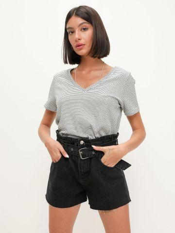 מכנסי ג'ינס קצרים עם חגורה של TERMINAL X