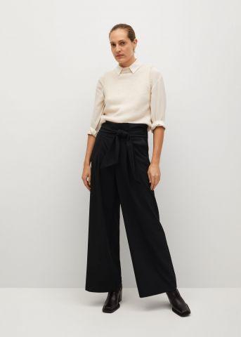 מכנסיים מתרחבים עם חגורה של MANGO