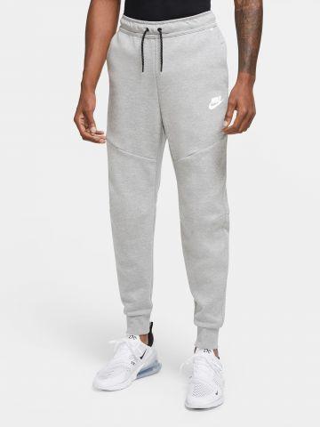 מכנסי טרנינג עם כיס מודגש TECH FLEECE של NIKE
