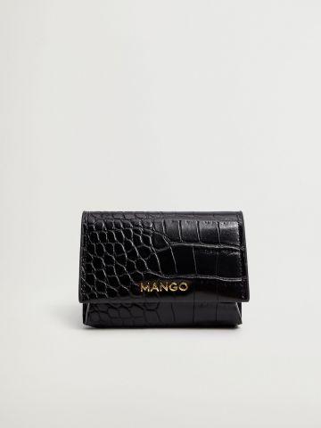 ארנק דמוי עור קרוקודיל עם תבליט לוגו של MANGO