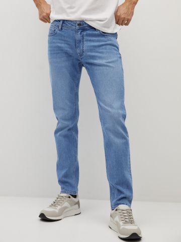 ג'ינס בגזרת סלים של MANGO