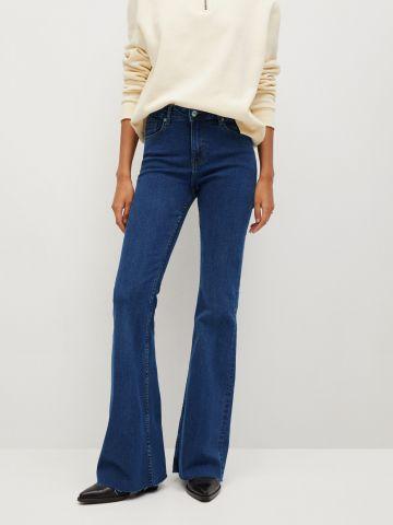 ג'ינס ארוך בגזרה מתרחבת של MANGO