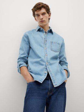 חולצה מכופתרת דמוי ג'ינס של MANGO