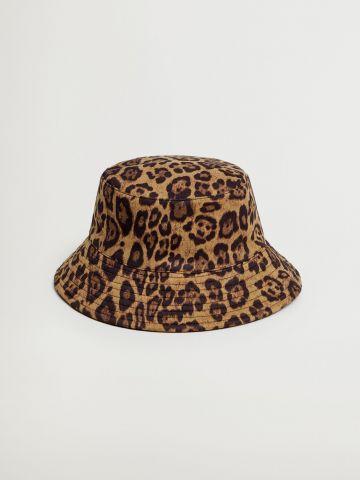 כובע באקט בהדפס חברבורות / נשים של MANGO
