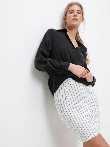 חצאית מיני צמודה בהדפס פסים של YANGA