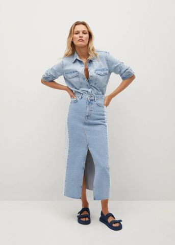 חצאית ג'ינס מידי עם שסע עמוק של MANGO