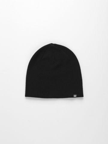 כובע גרב עם לוגו קטן של BILLABONG