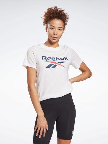 טי שירט עם הדפס לוגו של REEBOK