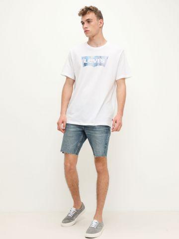 ג'ינס סלים בסיומת גזורה SLIM SHORT של LEVIS