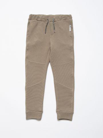 מכנסי טרנינג מלאנז' בטקסטורת פסים / בנים של AMERICAN EAGLE
