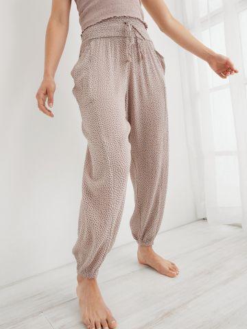 מכנסיים ארוכים בהדפס עם כיסים של AERIE
