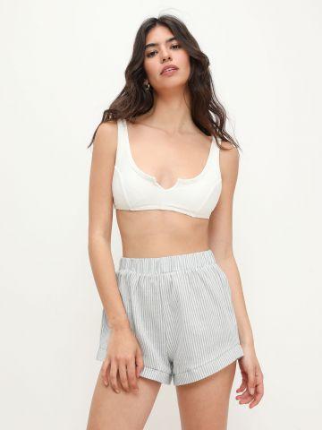 מכנסיים קצרים בהדפס פסים של TERMINAL X