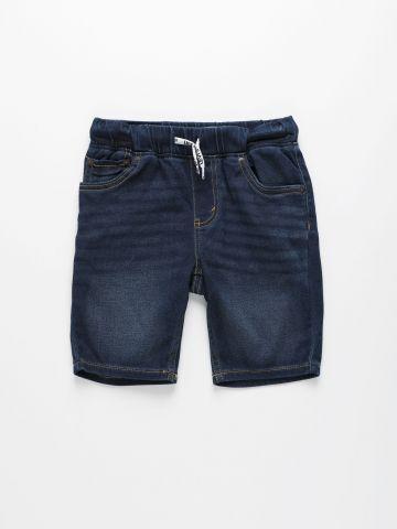 מכנסי ג'ינס ברמודה בשטיפה כהה / בנים של LEVIS