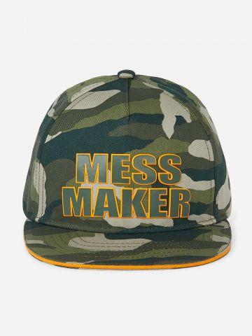 כובע מצחייה עם כיתוב MESS MAKER / בנים של THE CHILDREN'S PLACE