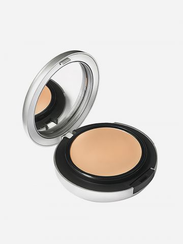 מייקאפ קרם לפודרה Studio Fix Tech Cream-To-Powder Foundation של MAC
