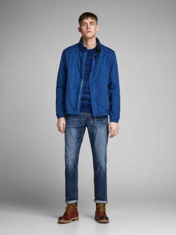 ג'ינס בשטיפת ווש בסיומת קיפול של JACK AND JONES