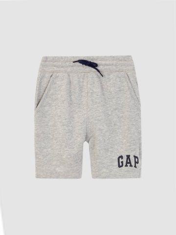 מכנסי טרנינג קצרים מלאנז' עם לוגו / 12M-5Y של GAP