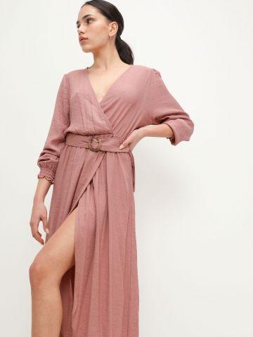 שמלת מידי מעטפת עם חגורה של YANGA