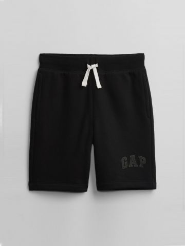 מכנסי טרנינג קצרים עם לוגו / בנים של GAP