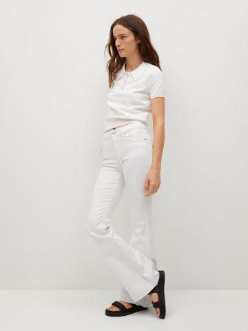ג'ינס לבן בגזרה מתרחבת של MANGO