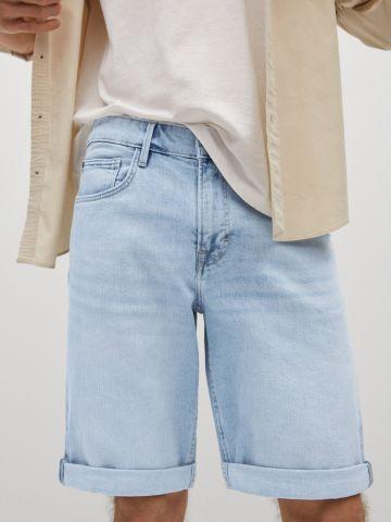 מכנסי ג'ינס קצרים של MANGO