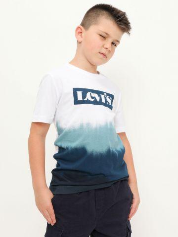 טי שירט קולור בלוק עם לוגו של LEVIS