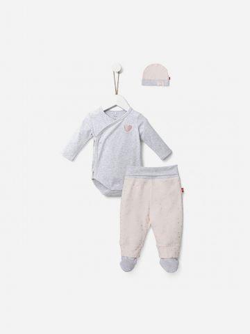 סט בגד גוף מעטפת, מכנסיים עם רגליות וכובע / 0M-6M של SHILAV