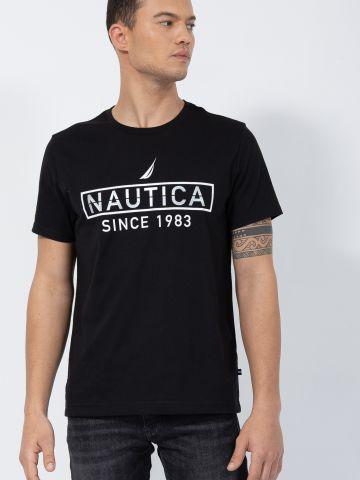 טי שירט עם הדפס לוגו של NAUTICA