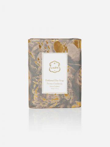 סבון מוצק Peony Gardenia של LALINE