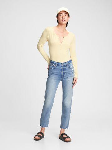 ג'ינס עם סיומת גזורה של GAP