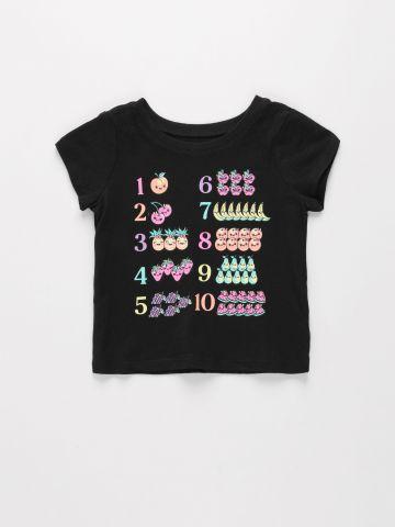טי שירט עם הדפס מספרים / 9M-4Y של THE CHILDREN'S PLACE