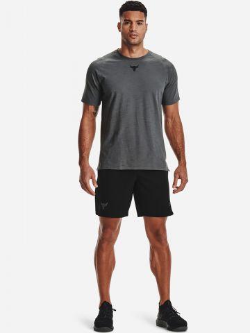 מכנסיים קצרים עם רקמת Bulls UA X Project Rock של UNDER ARMOUR
