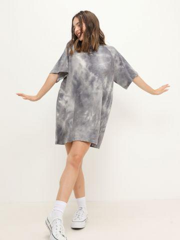 שמלת מיני בסגנון טי שירט הדפס טאי דאי של QUESTION MARK