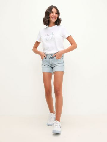 ג'ינס קצר ווש של CALVIN KLEIN
