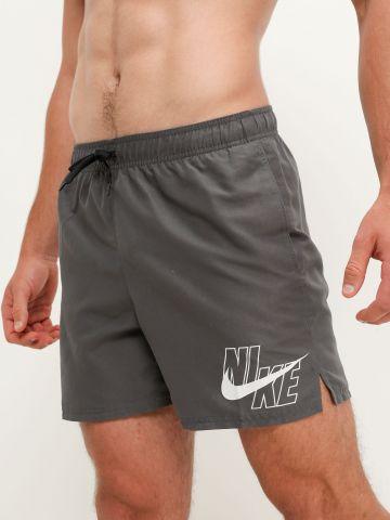 מכנסי בגד ים עם לוגו של NIKE