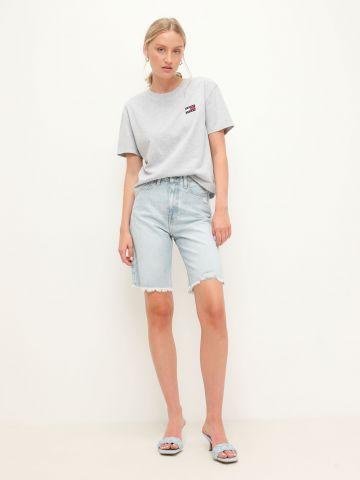 ג'ינס קצר סיומת פרומה של TOMMY HILFIGER