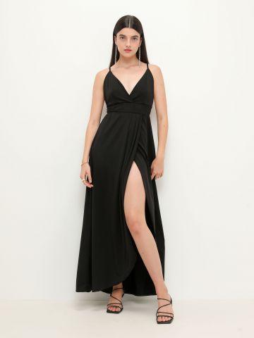 שמלת מקסי בגזרת מעטפת של YANGA