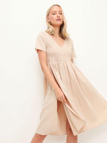 שמלת מידי בגרה מתרחבת עם כיווצים ושסע של GLAMOROUS