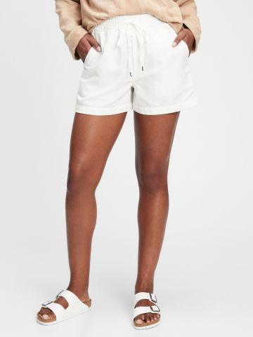 מכנסי פשתן קצרים עם כיסים של GAP