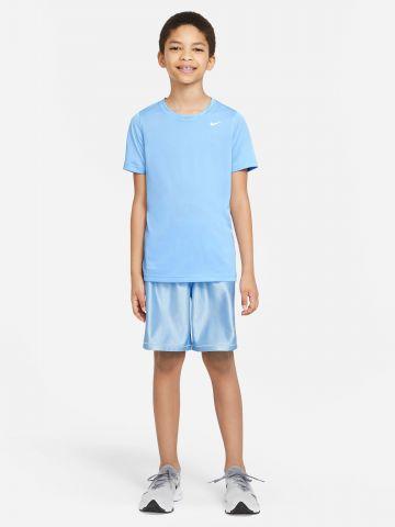מכנסי אימון קצרים בסגנון מבריק של NIKE