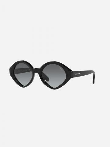 משקפי שמש עגולים של vogue eyewear