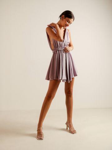 שמלת מיני וי עמוק של YANGA