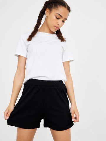 מכנסי ריב קצרים של LMTD