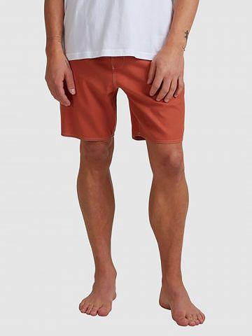 מכנסי בורדשורטס עם כיסים של BILLABONG