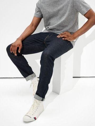 ג'ינס ארוך Rinse Dark Wash Slim של AMERICAN EAGLE
