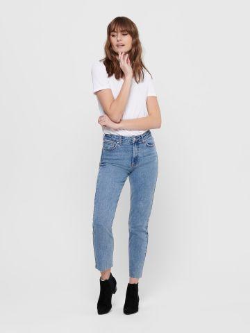 ג'ינס בגזרה ישרה בסיומת גזורה של ONLY