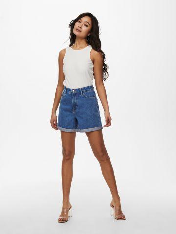 ג'ינס קצר בסיומת קיפול של ONLY